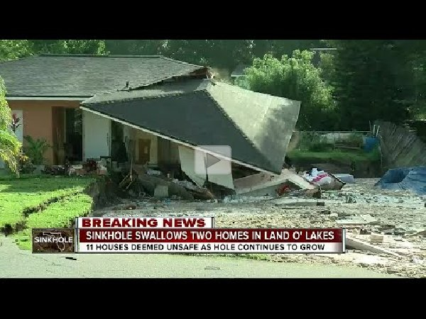 Massive Sinkhole Swallowing Homes in Florida